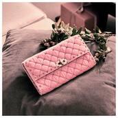 purse,pink purse,bag