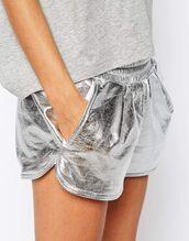 shorts,silver shorts,top,grey top,metallic,metallic shorts,dolphin shorts,grey shorts,grey,silver,adidas,sporty,athleisure