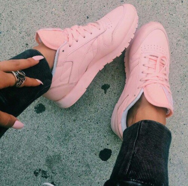 shoes sneakers baby pink pink girly reebok wheretoget
