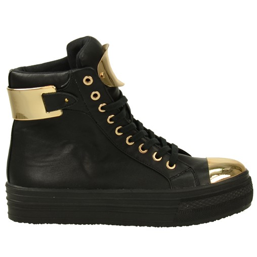 Tough golden sneakers // sneakers  // SACHA