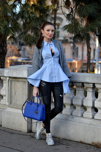 my silk fairytale blogger leather pants blue shirt blue bag knitted cardigan cardigan shirt pants shoes bag