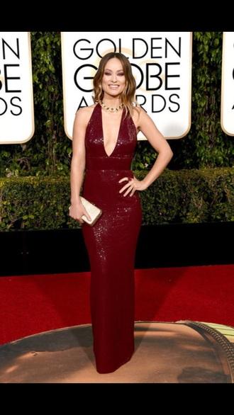 dress olivia wilde burgundy burgundy dress statement necklace v neck dress clutch sequin dress red carpet dress golden globes 2016