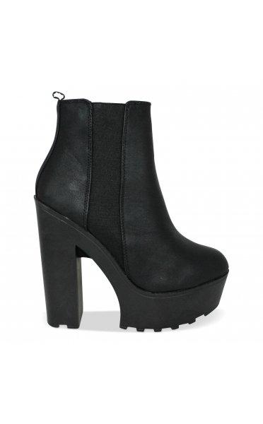 Rena chunky heel chelsea boots in black