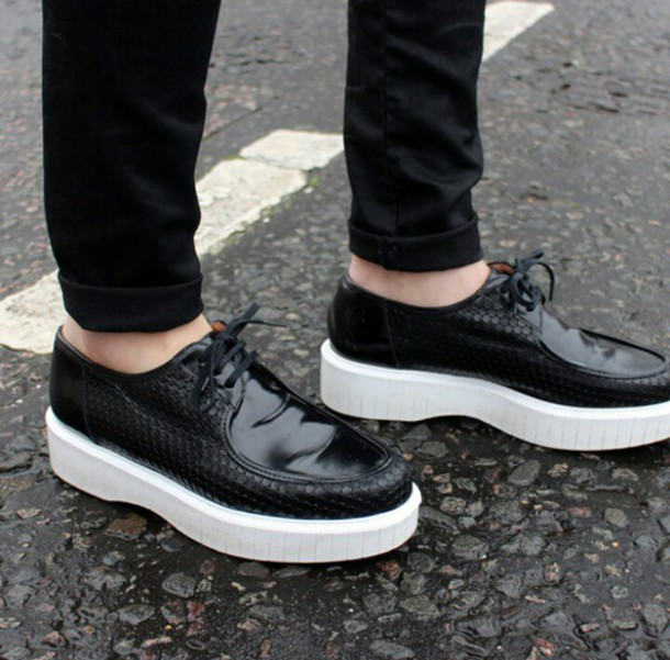 192e1004806a shoes black shoes platform shoes patent leather white platforms lace-up  shoes creepers menswear