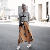 happily grey,blogger,sweater,skirt,bag,maxi skirt,grey sweater,quote on it,midi skirt,beige skirt,pineapple print