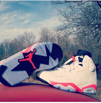 shoes retro jordans air jordan 6 retro-gs jordans sneakers neon pink white nice size 6