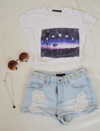 t-shirt moon phases vintage sunglasses shorts moon white landscape beautiful picture bag shirt high waisted shorts short jewels tumblr clothes blogger tumblr shirt crop too crop tops top blouse white shirt moon shirt purple