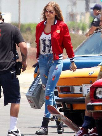 jeans gigi hadid gigi hadid jeans gigi hadid style patch jeans tank top shoes