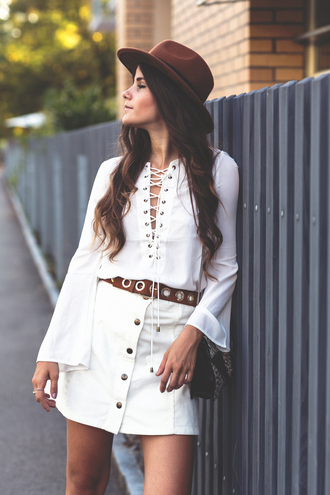 the fashion fraction blogger 70s style lace up button up skirt fedora belt lace up top