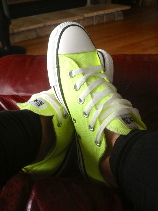 converse neon neon yellow