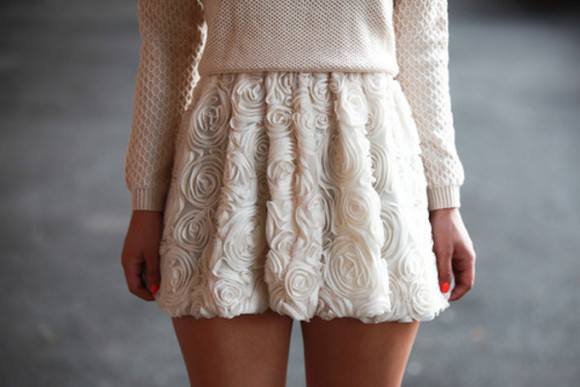 floral skirt off-white beige