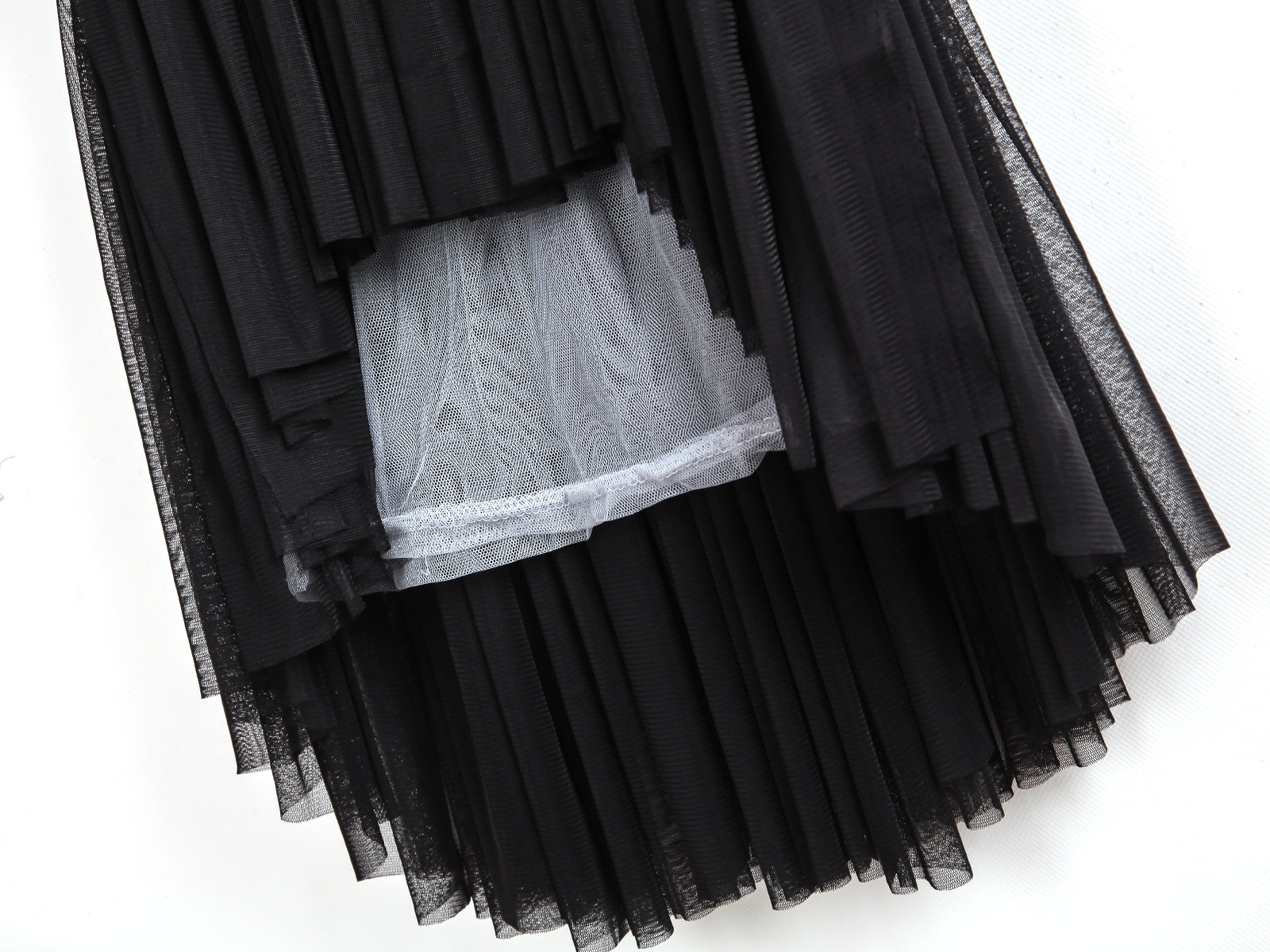 Black Contrast Sheer Mesh Yoke Pleated Blouse - Sheinside.com