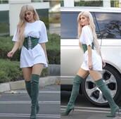 belt,shoes,corset belt,kylie jenner,green,black and green belted skirt,kylie jenner dress,suede,dress