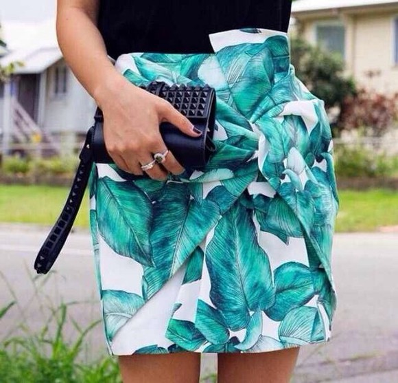 fashion green dress skirt big leaves celebrity style