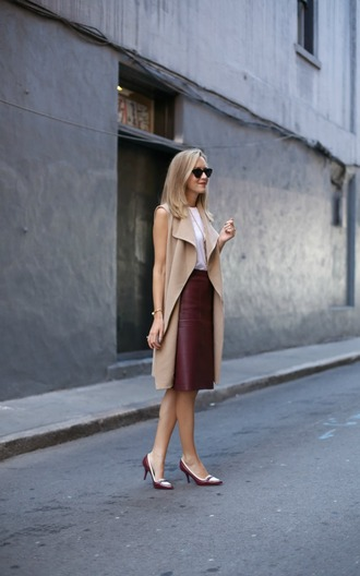 the classy cubicle blogger skirt top shoes coat jacket jewels sunglasses