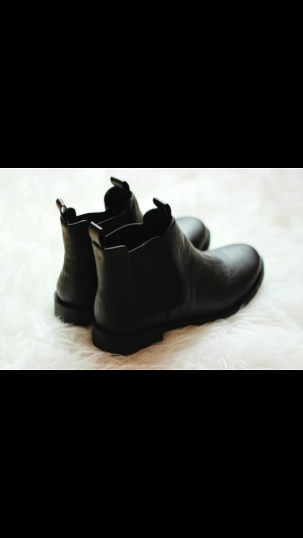 shoes black boots black boots urban outfitters