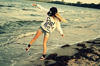 sweater white black girl style cool story bro hippie hipster hoodie sweatshirt sexy sweater cute beautiful girly swag shorts