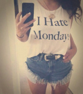 t-shirt,white crop tops,white t-shirt,short,jeans,girly,vintage,acsessories,collier