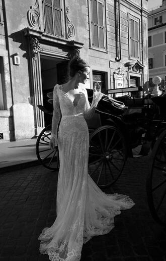 dress white wedding dress romantic lace blouse prom dress wedding clothes prom gown evening dress bridal gown long prom dress long evening dress white lace wedding dress white dress bride brides dress black bun beyonce shakira clothes long dress beautiful backless wedding dresss lace dress mermaid wedding dress