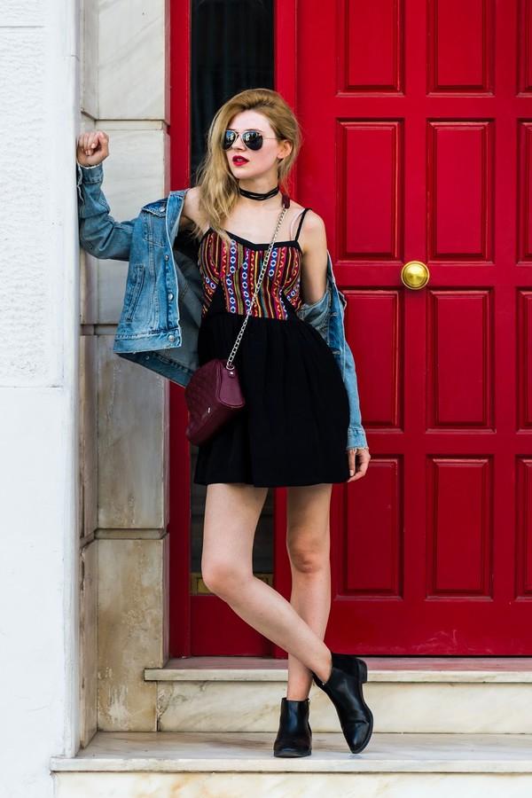 m&m fashion bites blogger dress jacket shoes bag sunglasses denim jacket crossbody bag ankle boots mini dress