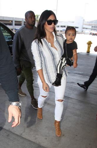 jeans kim kardashian blouse