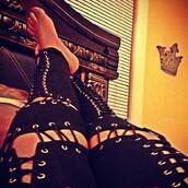 pants,snakebite leggings,leggings,black leggings