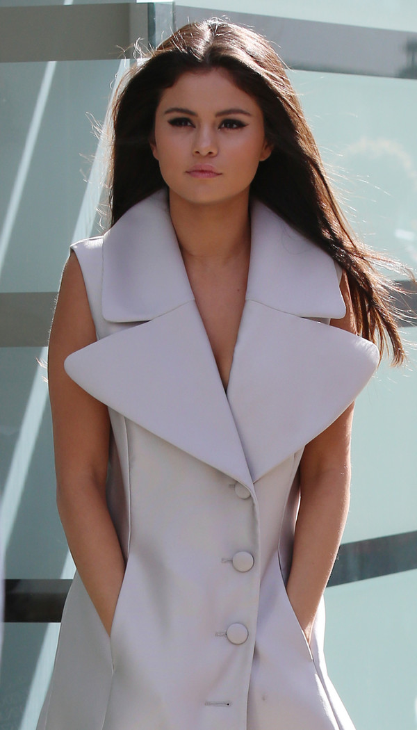Dress: selena gomez, white, blazer dress, oversized - Wheretoget