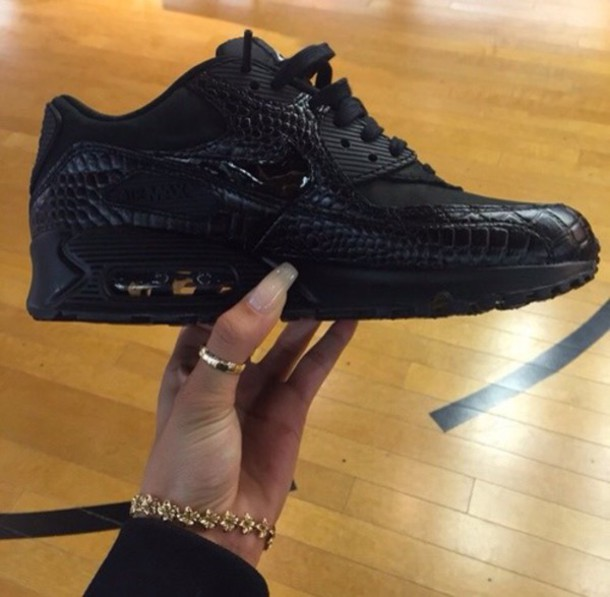 Nike Air Max 90 Black Outfit