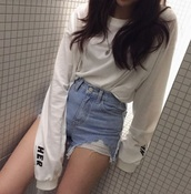 sweater,white,black,long sleeves,cropped,aesthetic