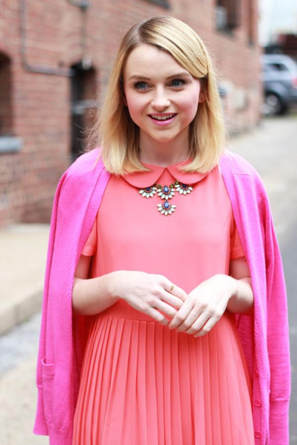 poor little it girl blogger cardigan jewels bag