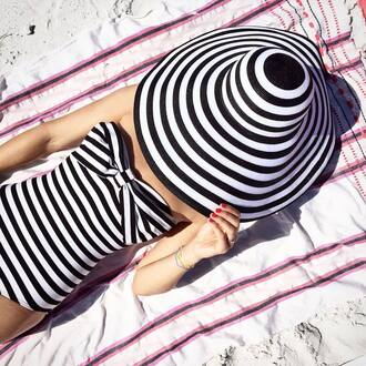 swimwear stripped hat hat summer fashion beach pink big hat black and white bandeau swimsuit blogger atlantic pacific summer accessories stripes one piece swimsuit sun hat