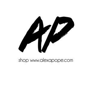 Alexa Pope