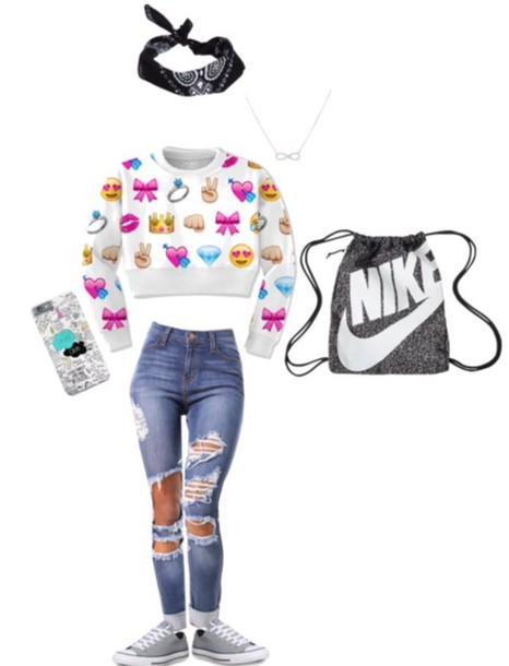 sweater emoji print