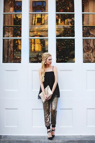 pants gold bag tumblr sequin pants gold sequins sequins metallic top holiday season pouch gold pouch high heels black heels