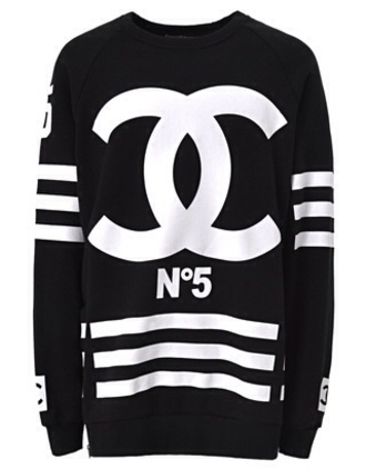sweater black or white. also in red chanel sweatshirt black white black and white
