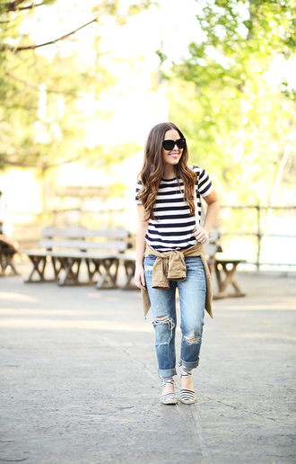 dress corilynn blogger shirt jeans jacket bag shoes sunglasses back to school striped shirt t-shirt striped t-shirt ripped jeans blue jeans cuffed jeans black sunglasses casual