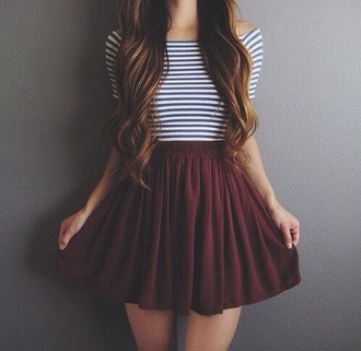 skirt burgundy skirt maroon flowy skirt striped top blue striped top