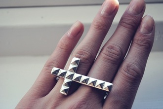 jewels ring cross rivets