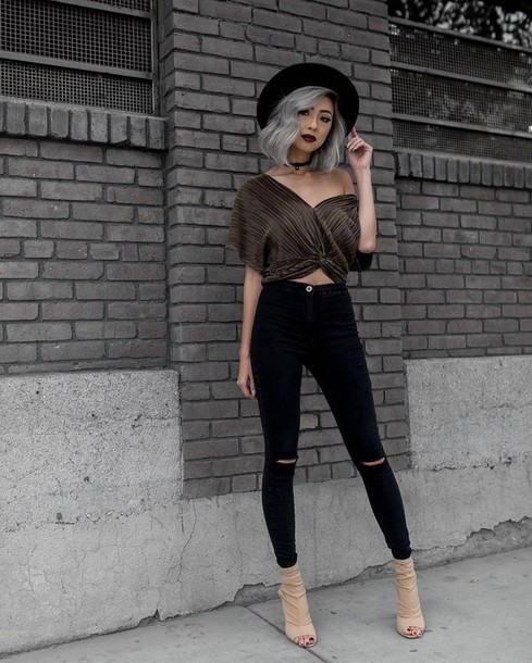 3acbf6b508589 jeans green top tumblr black jeans ripped jeans skinny jeans boots nude  boots peep toe boots