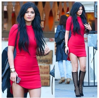 dress kylie jenner red dress sexy dress black heels high heels fashion bag style sext dress knee high boots kylie kardashians red hot shoes