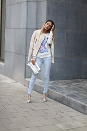 from brussels with love,blogger,blouse,jeans,jacket,shoes,bag,nude jacket,metallic clutch,clutch,high heel pumps,skinny jeans,stitch