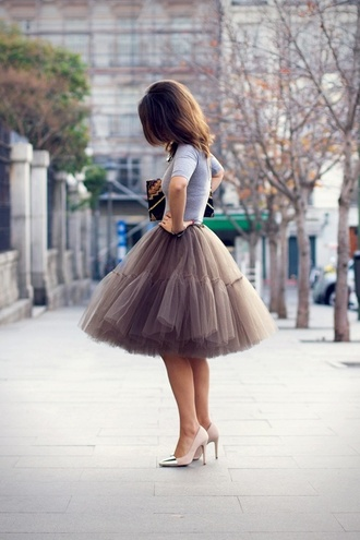 skirt shoes nude fall outfits tulle skirt brown pretty ruffle ballerina tutu chiffon dress puffy skirt beige reallywant light  brown poofy skirt grey