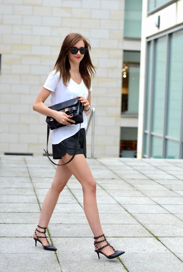 vogue haus top bag shoes sunglasses jewels