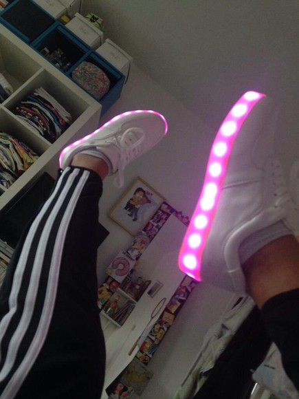 shiny shoes light up trainers laces