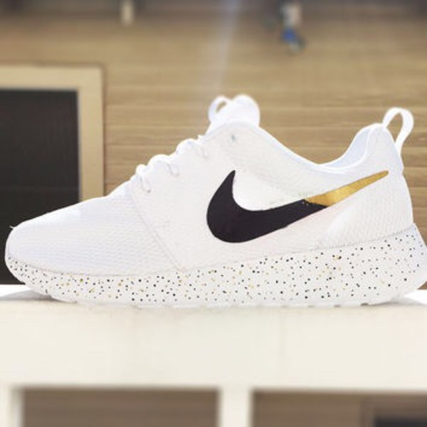 beebb47a0c20a Cheap Buy Custom Nike Roshe Run sneakers for women