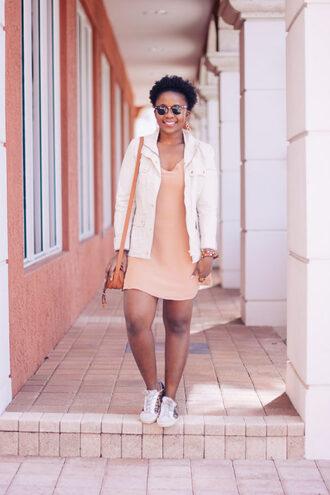 pinksole blogger sunglasses jewels jacket dress shoes bag