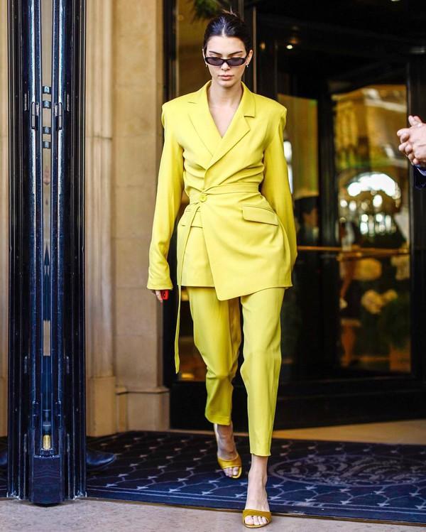 jacket blazer asymmetrical yellow pants cropped pants mules sunglasses earrings kendall jenner kardashians model off-duty streetstyle fashion week