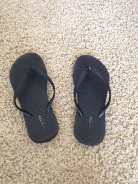 shoes black flip flops