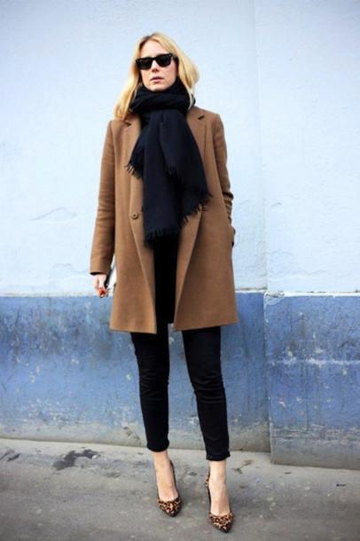 le fashion image coat t-shirt jeans shoes