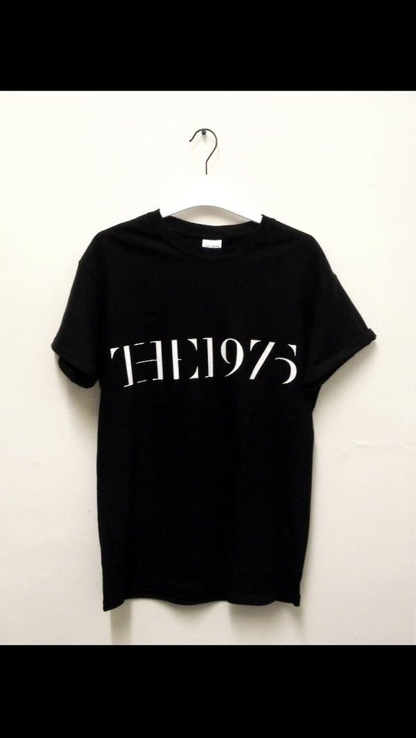 t-shirt the 1975 black casual clothes black and white tumblr clothes top short sleeved the 1975 the 1975 tshirt girl style black t-shirt the 1975 band music music band girly boy outfit